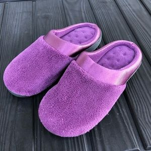 Isotoner Purple Memory Foam Slippers